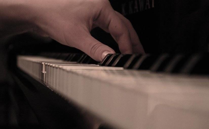 Introducere în universul pianului